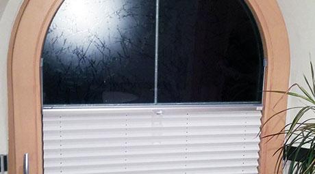 Plissee Rundfenster wo nichts mehr geht passen plissees für sonderformen